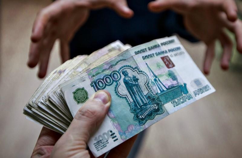 Бизнесмен из Сорочинска пытался откупиться за продажу спиртного в детский праздник