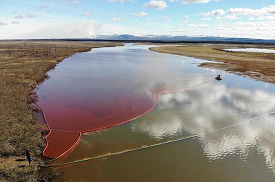 Нефтяникам добавили природоохранных обязанностей