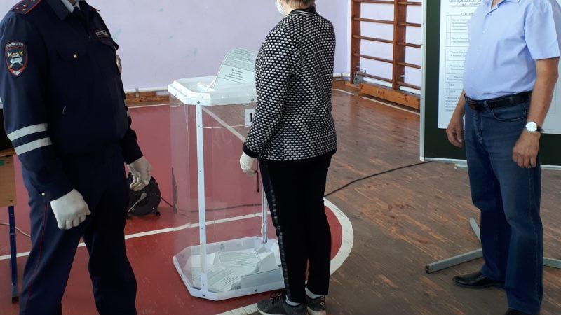 Полицейские обеспечат правопорядок на голосовании по поправкам в Конституцию