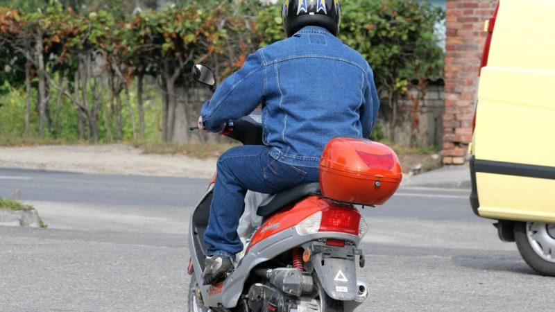 Сотрудниками ДПС Сорочинского городского округа задержан нетрезвый водитель скутера
