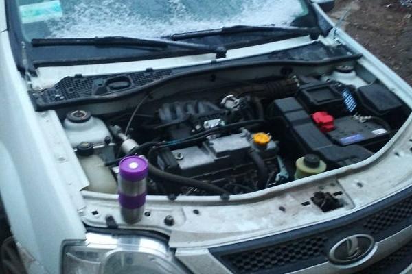 Сорочинцы украли автомобильный капот в Тоцком