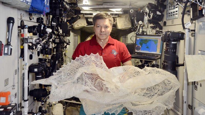 Пуховый платок прямо из космоса