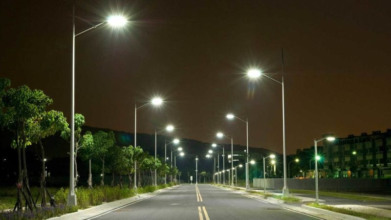 На улицах зажгутся фонари