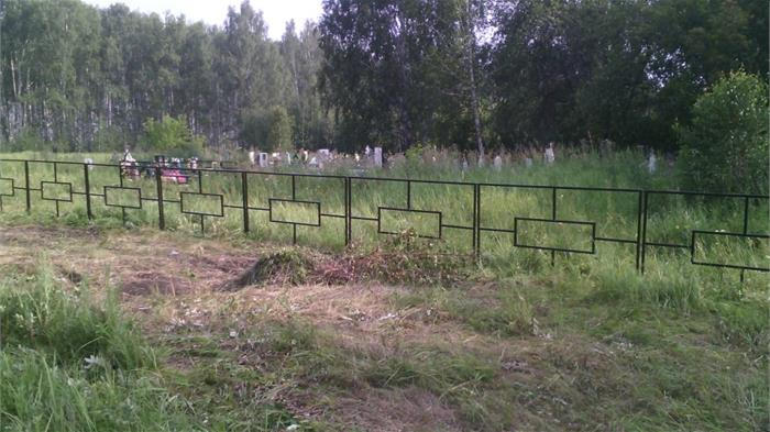 Работы по ограждению кладбищ в срок не выполнены