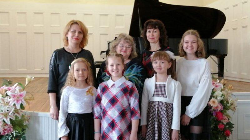 Победы юных пианистов