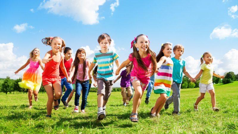 С 15 июня россияне смогут вернуть деньги за купленные ранее путевки в детские лагеря