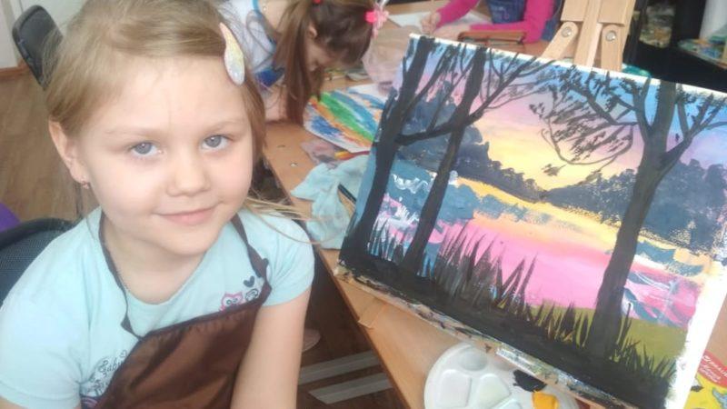 Юные художники изостудии «Ирис» приняли участие во Всероссийском конкурсе