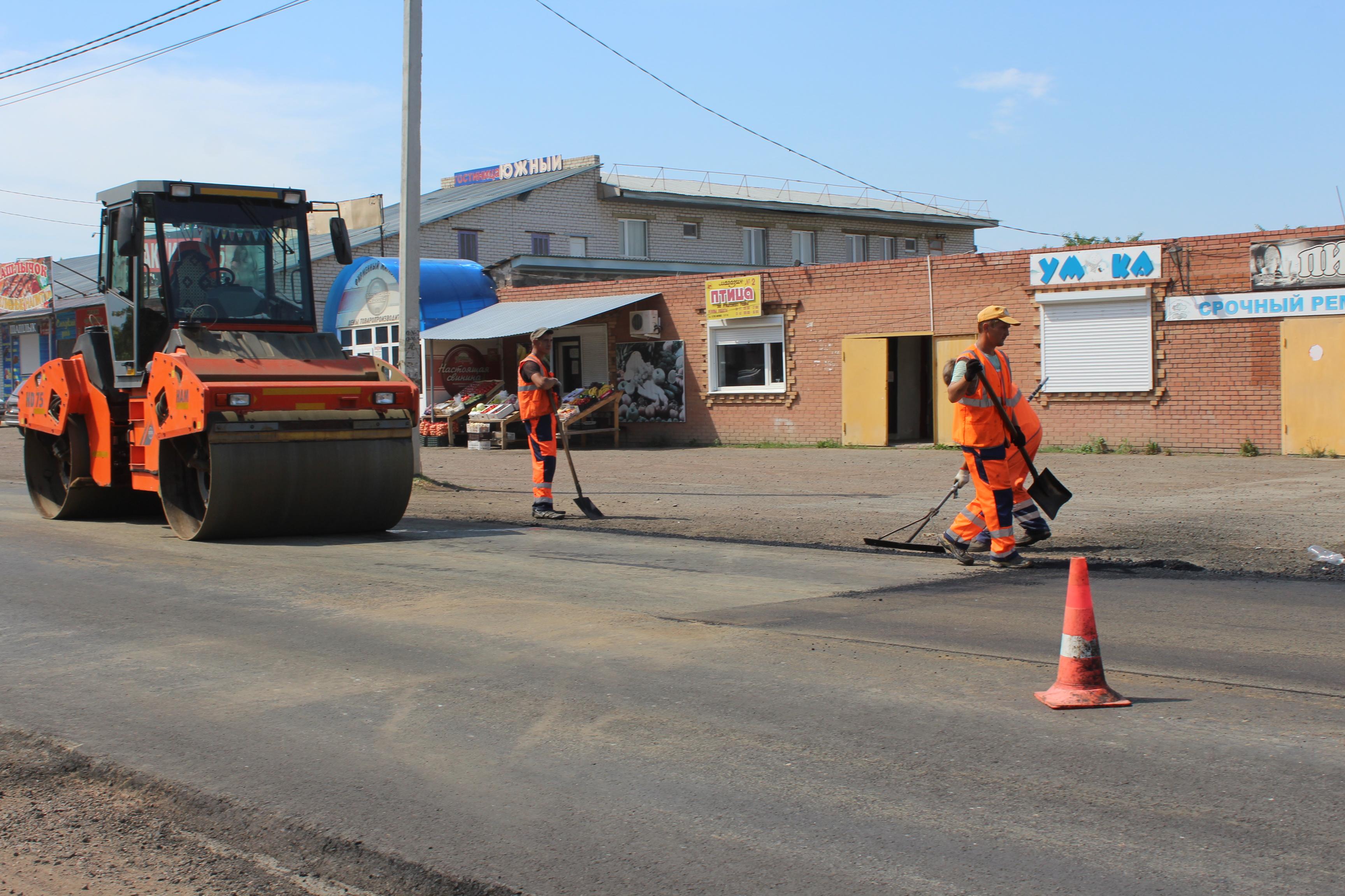 Ремонт дорог в разгаре: работа «кипит»