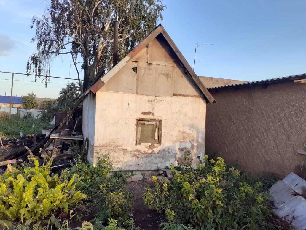 В Родинском сгорела баня