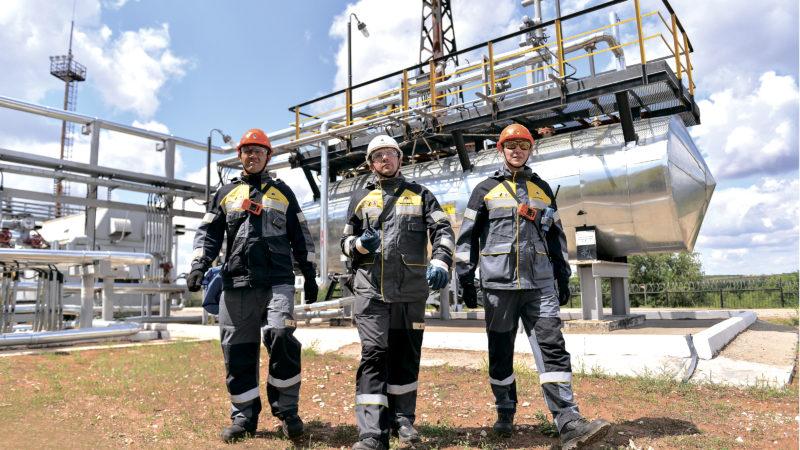 С днем работников газовой и нефтяной промышленности!