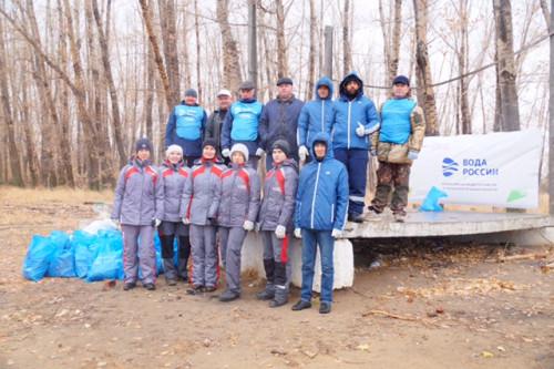В посёлке Домбаровском прошла Всероссийская акция «Вода России»